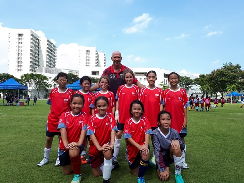 SISAC U11 Girls Football  (8)
