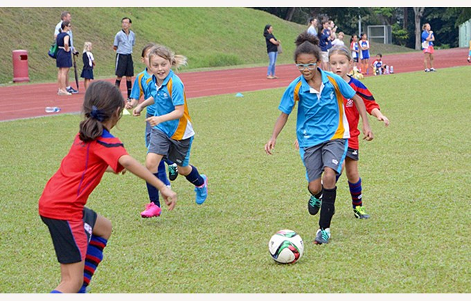 DCIS U9 Girls Football 2016