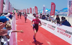Mary IRONMAN 70.3