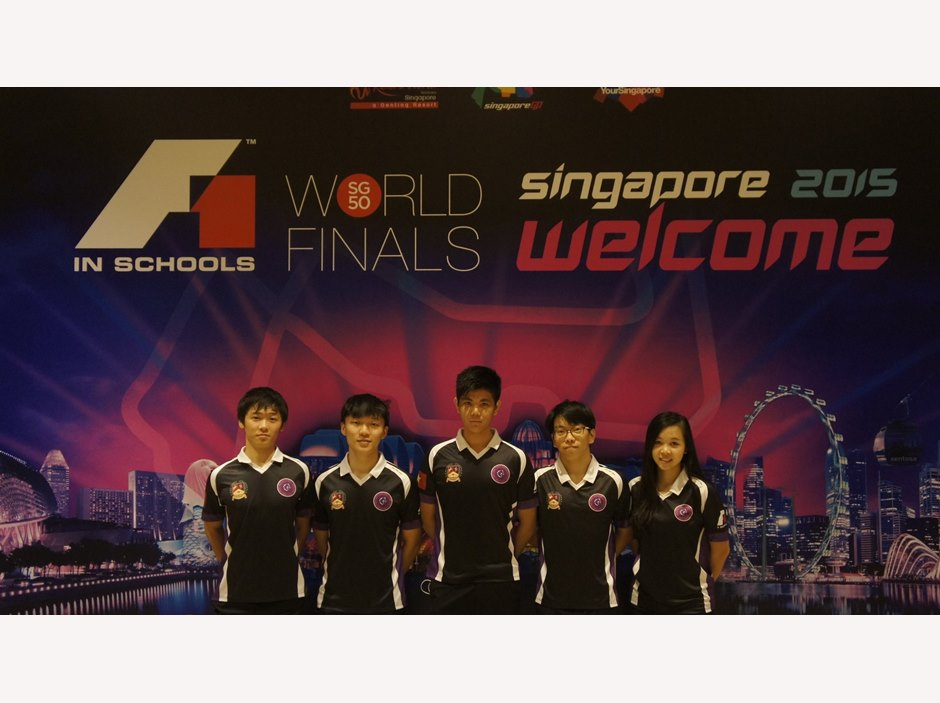 F1 in Schools 2015 BIS HCMC team