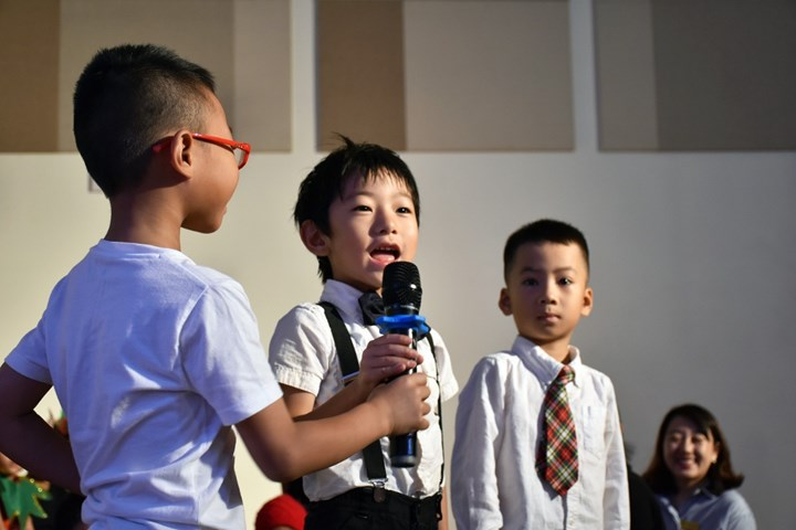 Year 1 Christmas Production (11)