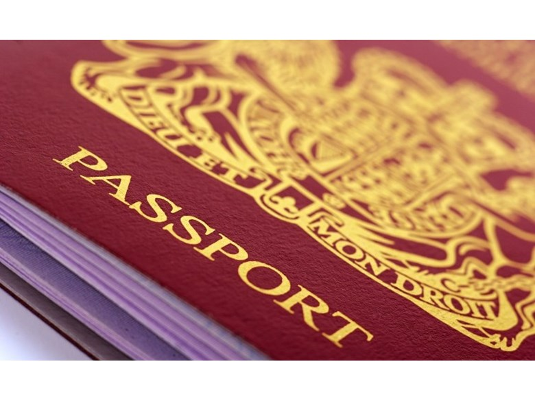UK passport in Vietnam