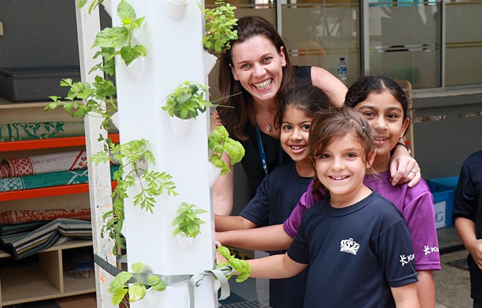 Student Campaign: Hydroponic Garden