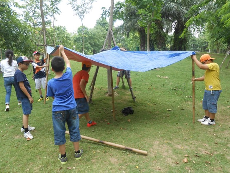 Year 6's Forest School program (4)