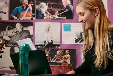 Juilliard benefits of the performing arts music girl playing piano