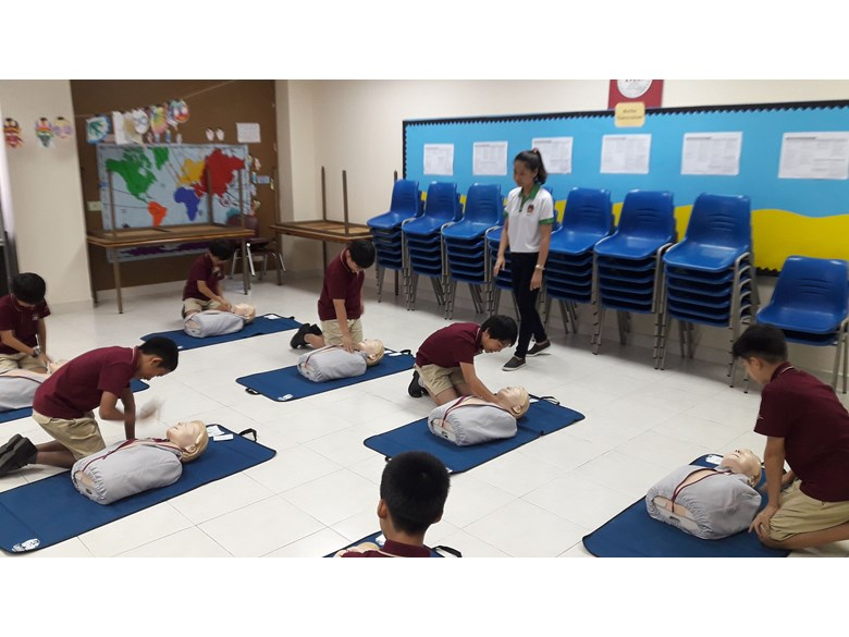 First Aid Training (4)