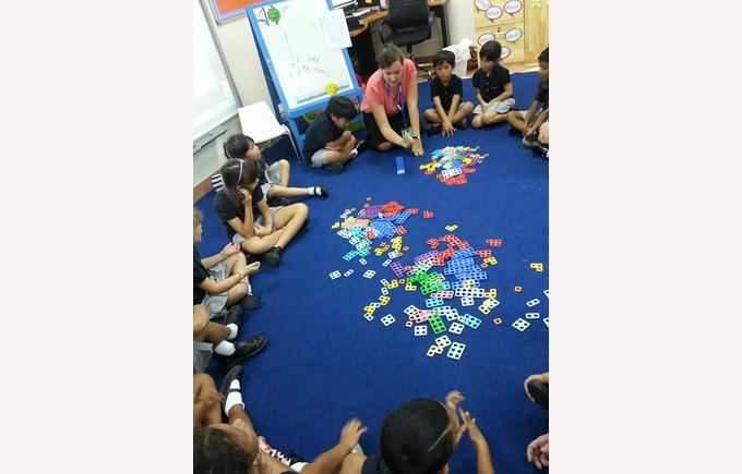 Jenna Lewis using Numicon with her class