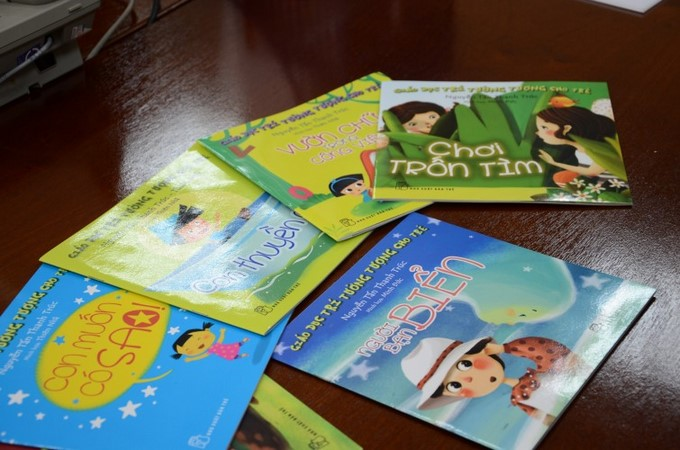 Educate young children's imagination – children's book series by Ms. Truc – librarian