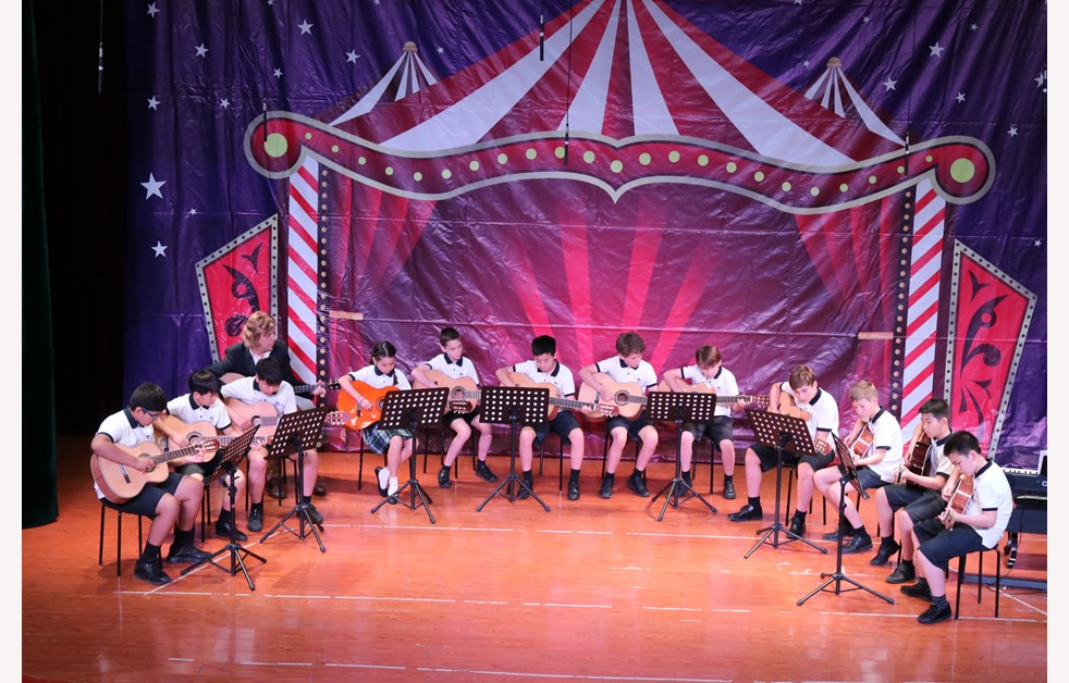 Strings Music Circus (6)