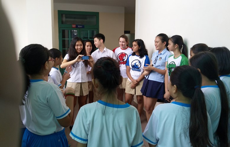 Secondary students teach english - Community Service | BIS HCMC