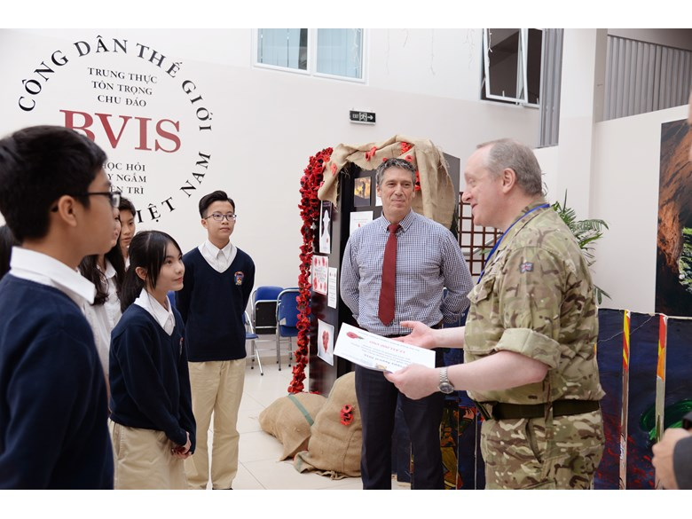 UK-Defence-Attache-at-Bvis-hanoi