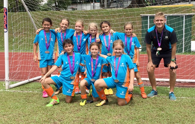Bronze Medals for the DCIS Lionesses U9 Girls Football Team
