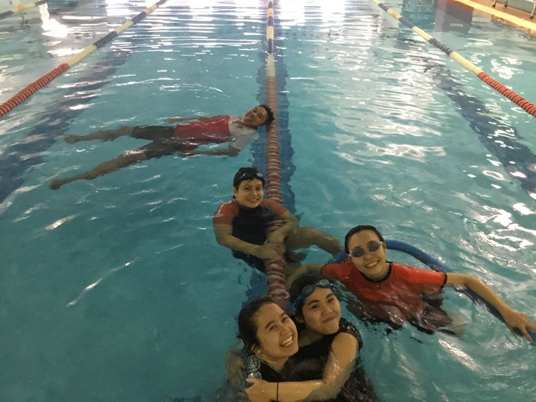 International learn to swim photo
