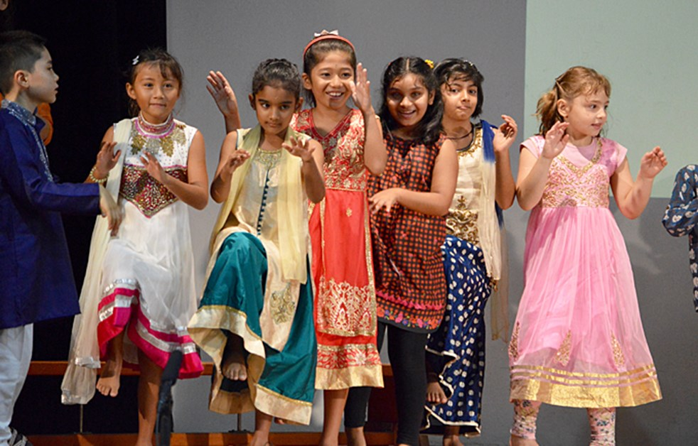Upper Primary Assembly - Deepavali by 3CD 3AS