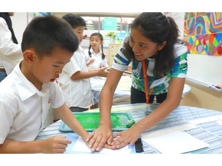 Primary Students Hand Print Art for Tokyo 2020