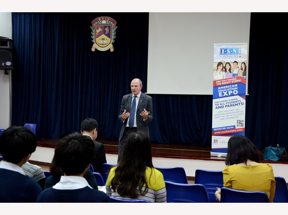 BVIS Hanoi USA University Fair (1)