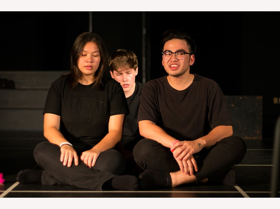 One students sitting behind the other two in Year 12 Studio Performance