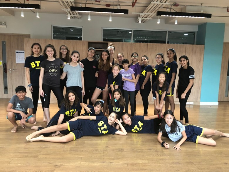Our Varsity dance team enjoyed exploring and learning the technique of modern/contemporary dance.
