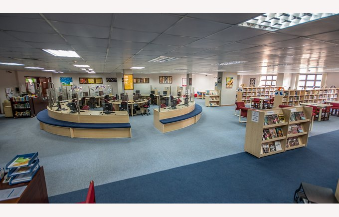Panorama of the secondary library without students