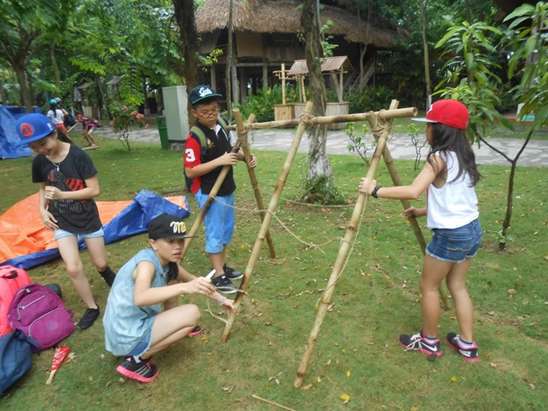 Year 6's Forest School program (5)