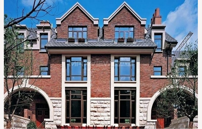 Image of town house in Haucao, Stratford Shanghai, China, accommodation, compounds, townhomes, safe living in Shanghai, living in China, Shanghai China.
