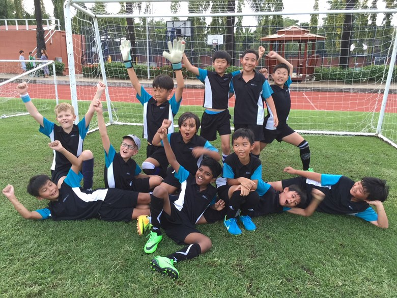 U10 Primary Boys Football VS GIS