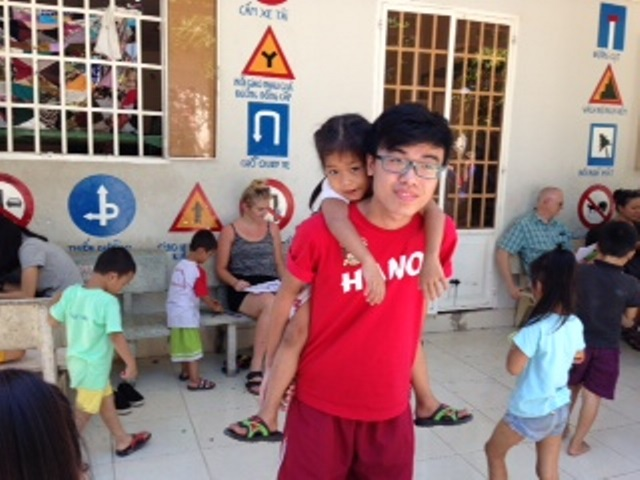 Que Huong Orphanage2