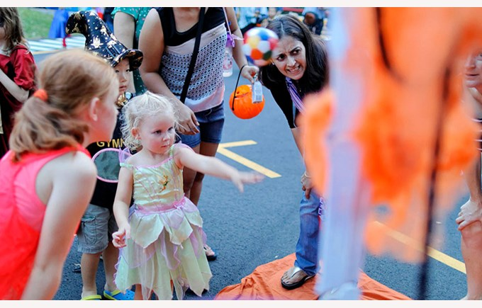DCA Trunk Or Treat 2016