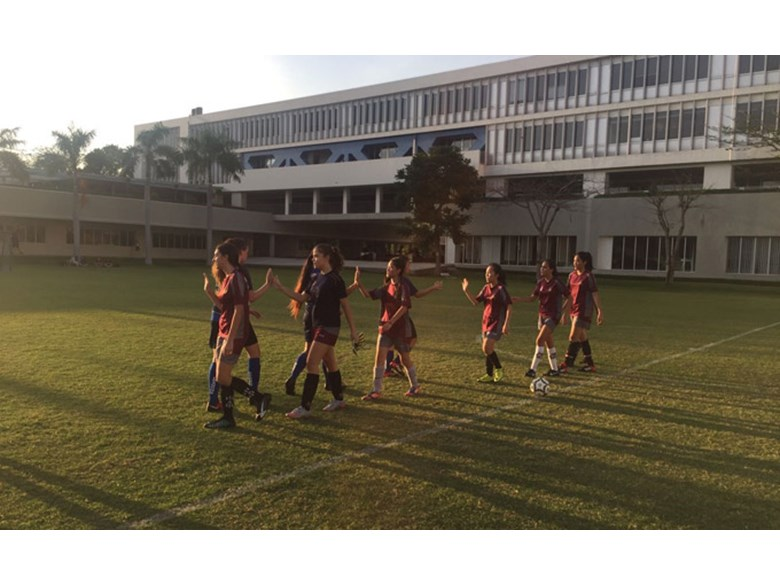 U19b Girls Football SSIS