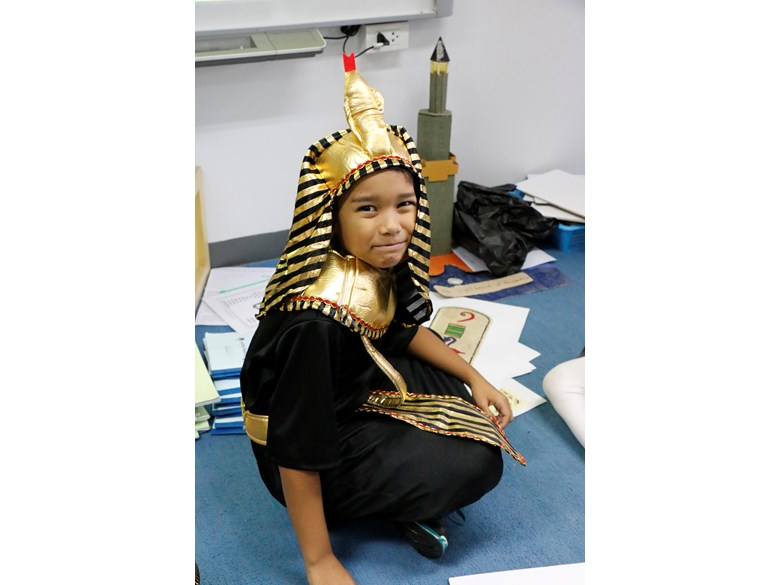 Year 4 student on Ancient Egypt day.