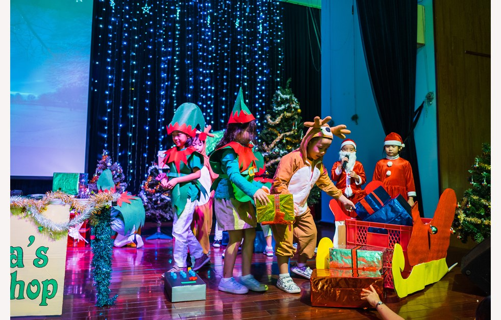 BVIS HCMC Christmas Year 2 Production 2018 (14)