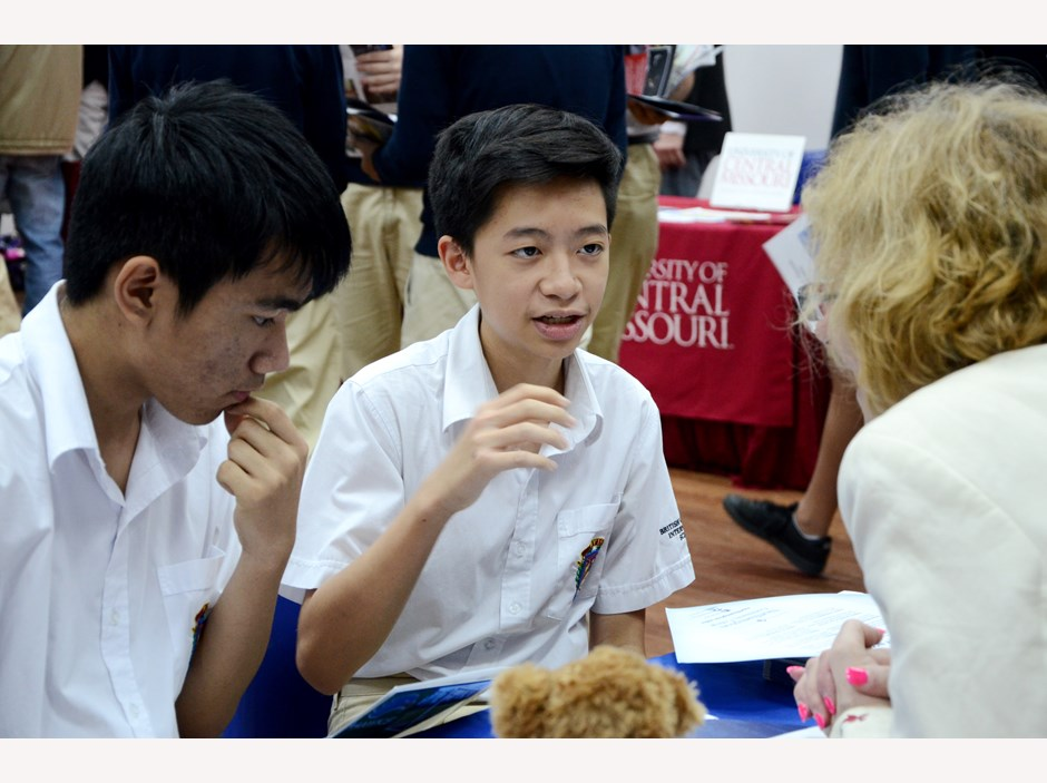 BVIS Hanoi USA University Fair (9)