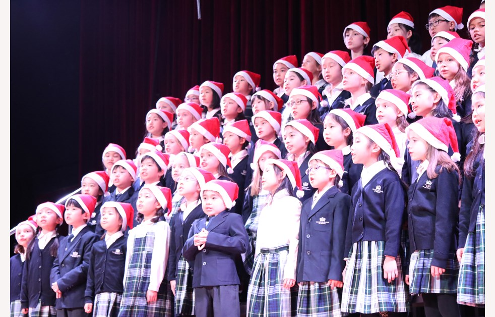 2019 Christmas Fayre choir cover y3&4 IMG_5125