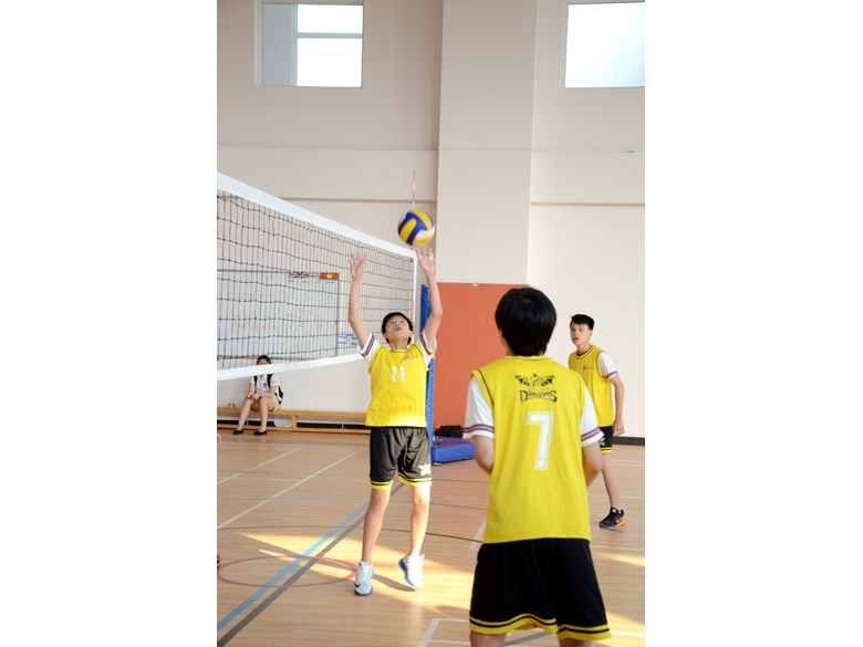 BVIS KS3 volleyball (5)