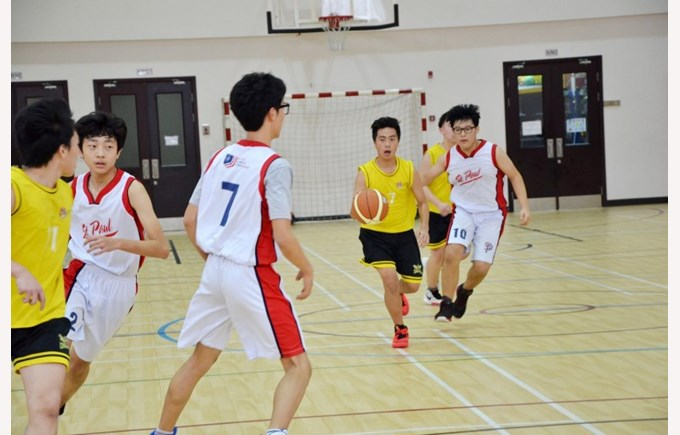 BVIS-secondary-basketball-20160219 (6)