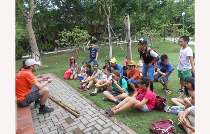 Year 6's Forest School program (2)