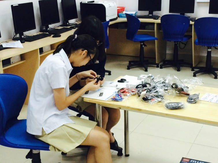 British International School Hanoi Robotic Club (5)