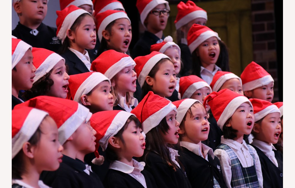 Christmas 01 - Y1&2 Choir