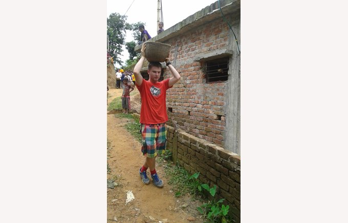 ICS student takes water to the builders in true Bangladeshy style