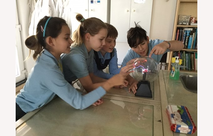 year 6 in science lab