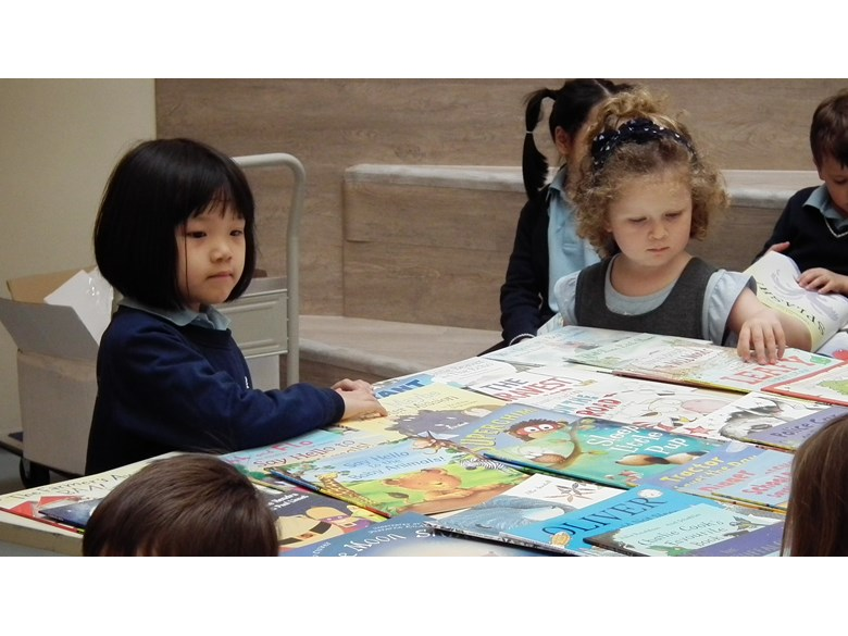 Primary children at the Book Fair 2