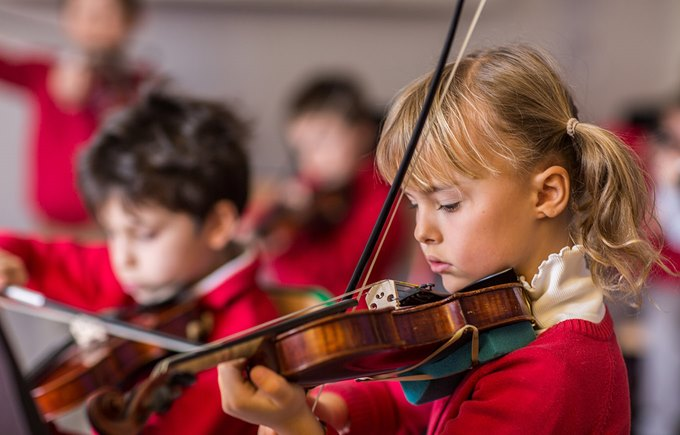 Extracurricular - Violon - Collège du Léman - International School of Geneva
