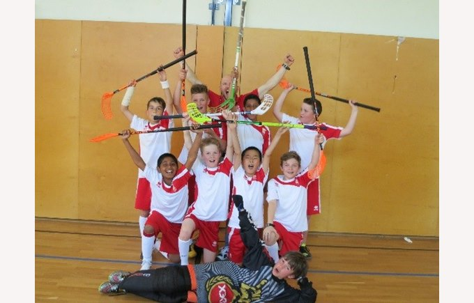 KS2 Floorball