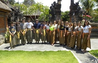 Boarding students travel to Bali