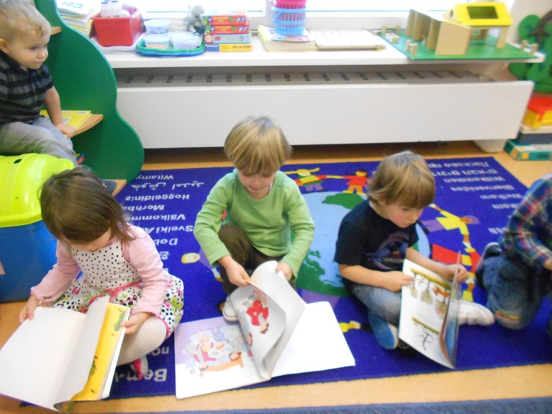 Picture of Nursery Children reading