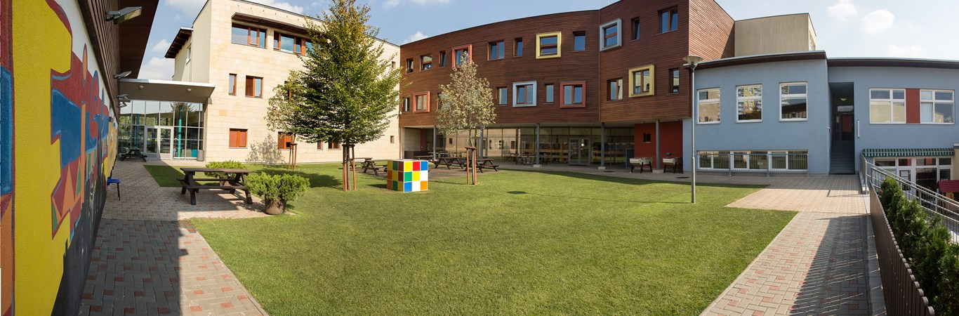 Prague British International School - Campus