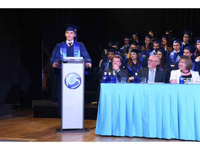 Oxford University Student Lucas Stolle speaking as Valedictorian at the ICS Madrid Graduation Ceremony 2017