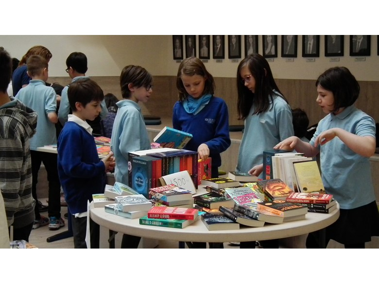 Primary children at the Book Fair