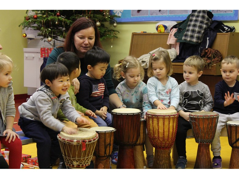 Nursery drumming f