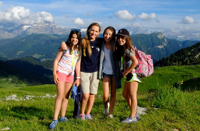 Switzerland-Summer-Camp-Hiking